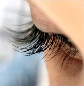 long-eyelashes